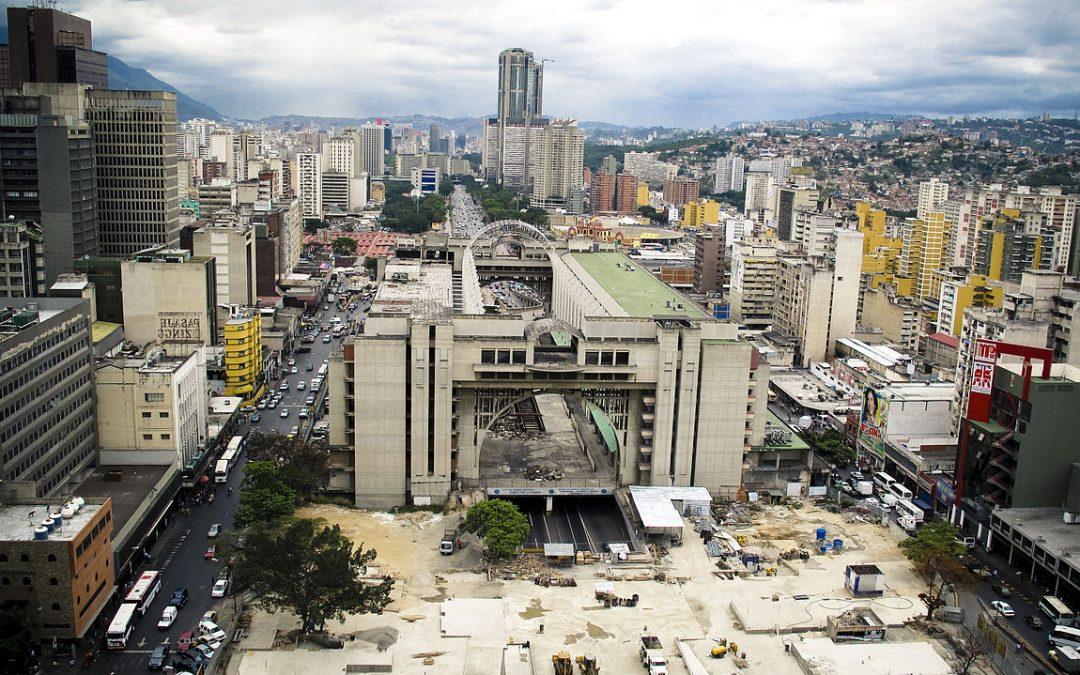 Cittadinanza italiana: l'assurda campagna pubblicitaria del consolato di Caracas per gli oriundi